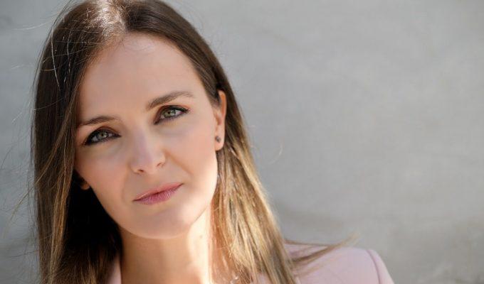 """María Alcázar: """"Es una maravilla trabajar con Ariadna Fregel, tiene una genética privilegiada y es supercomprometida"""""""
