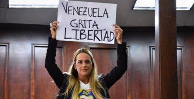 """Lilian Tintori: """"Maduro, el usurpador, no quiere que Leopoldo López hable porque le tiene miedo a su palabra"""""""
