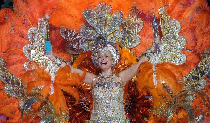 Antonia Garrido es coronada Reina de los Mayores 2019