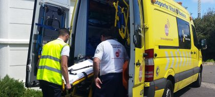 Pierde el control de su coche y se precipita por un barranco en Tenerife