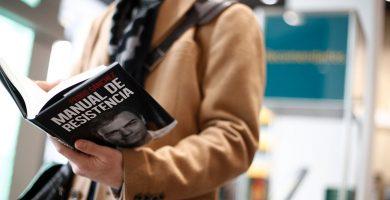 Sánchez cuenta en su libro cual fue su primera decisión como presidente