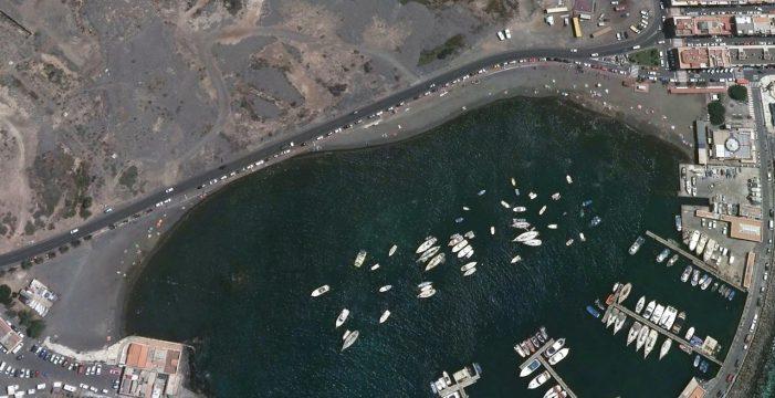 Reabierta al baño la playa de Las Galletas tras confirmar que el agua es apta
