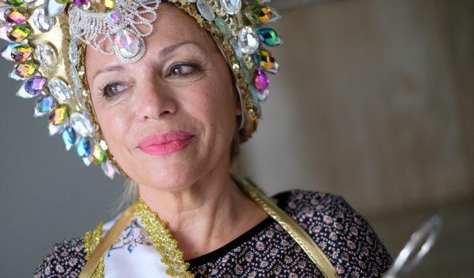 """Antonia Garrido: """"Invito a todas a vivir; los 60 de ahora no son los de antes"""""""