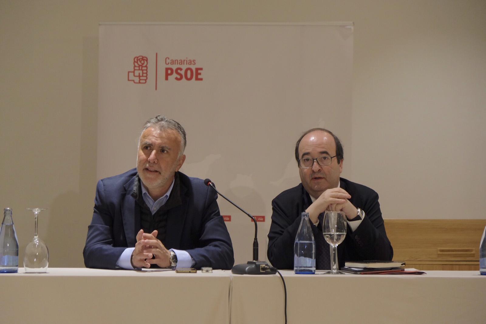 PSOE ÁNGEL VÍCTOR TORRES Y MIQUEL ICETA