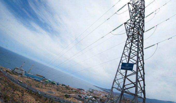 La nueva línea de alta tensión será aérea por toda Candelaria