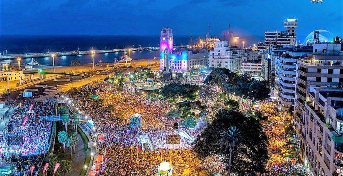 El Carnaval de Día bate récords con 400.000 personas en Santa Cruz de Tenerife