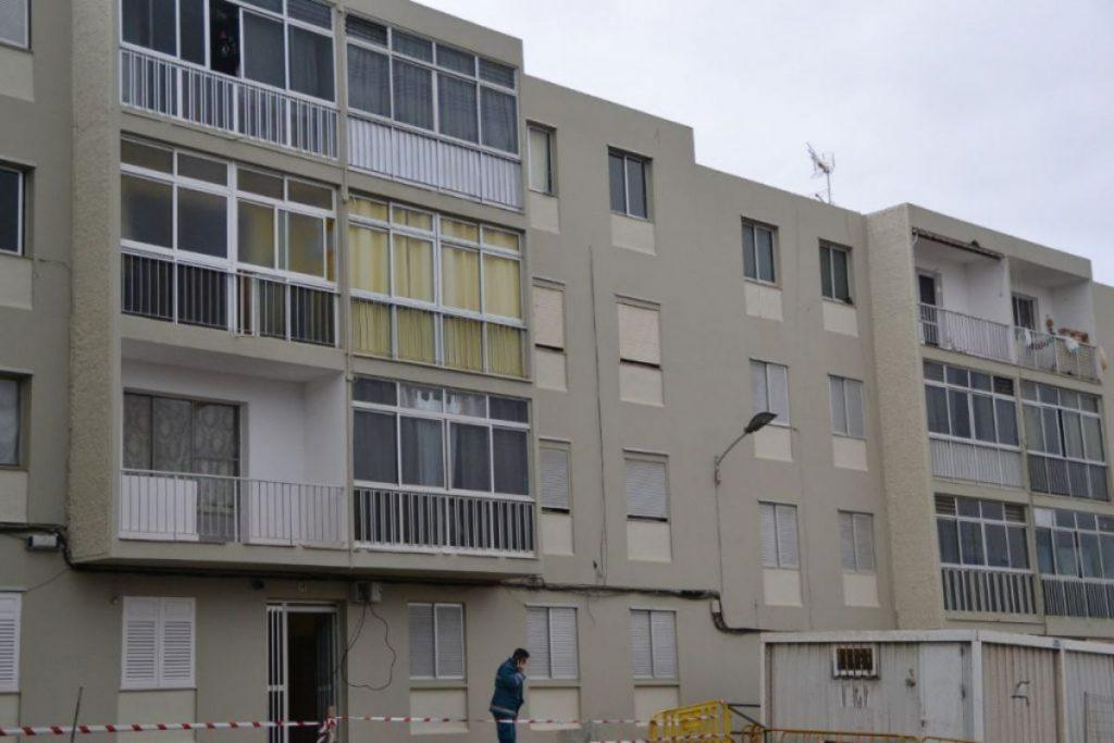 Imagen reciente de algunos de los bloques de la urbanización El Cardonal. DA