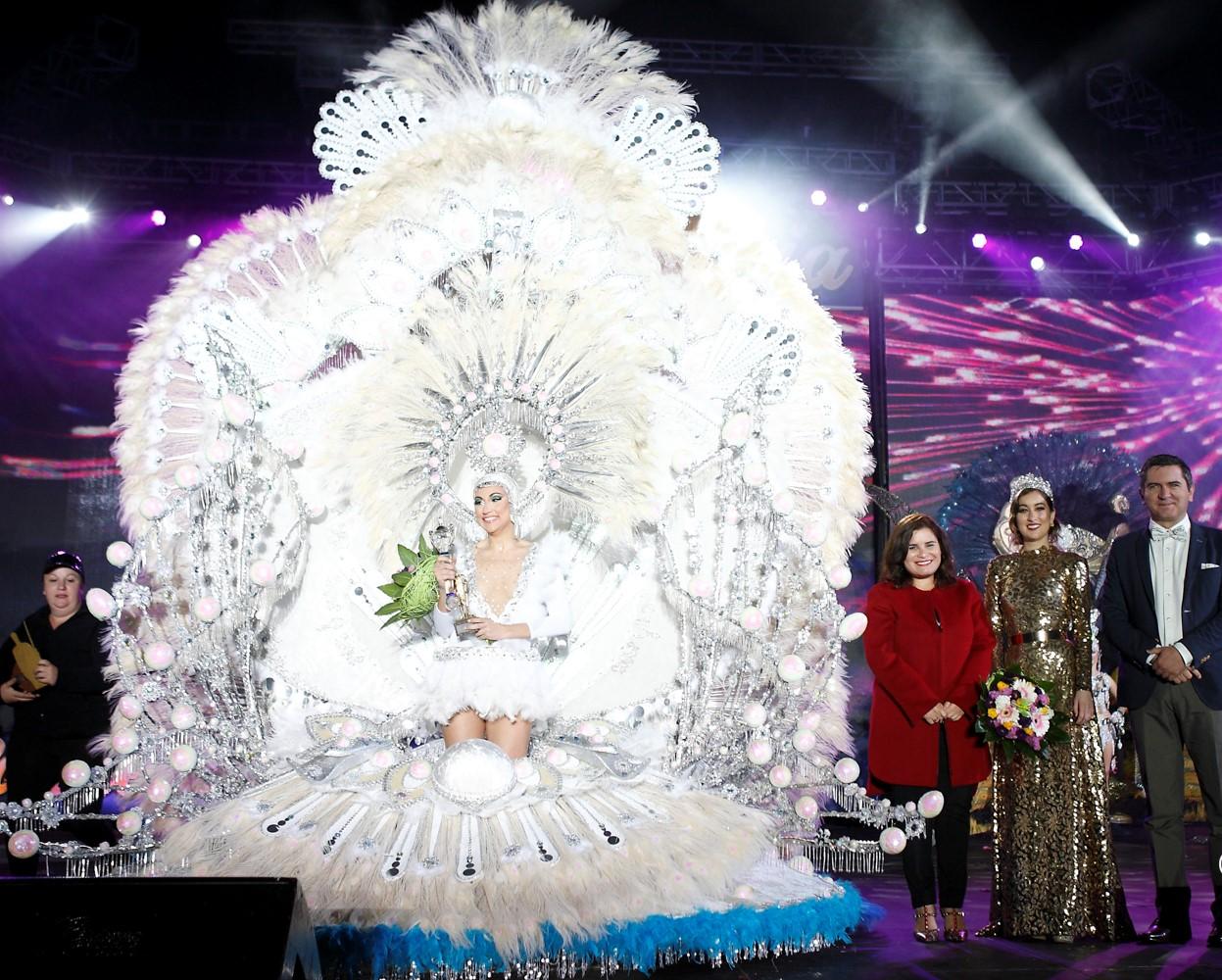 Resultado de imagen de Joanna Sánchez Fajardo, reina del Carnaval de Candelaria
