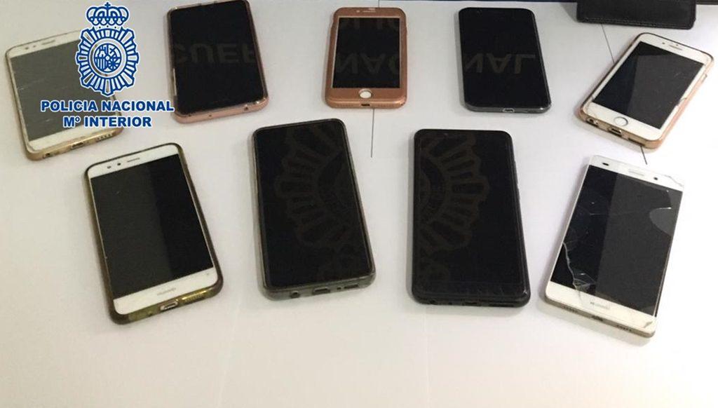 44458ae07fc Detenida una pareja que había robado nueve móviles en el Carnaval de ...