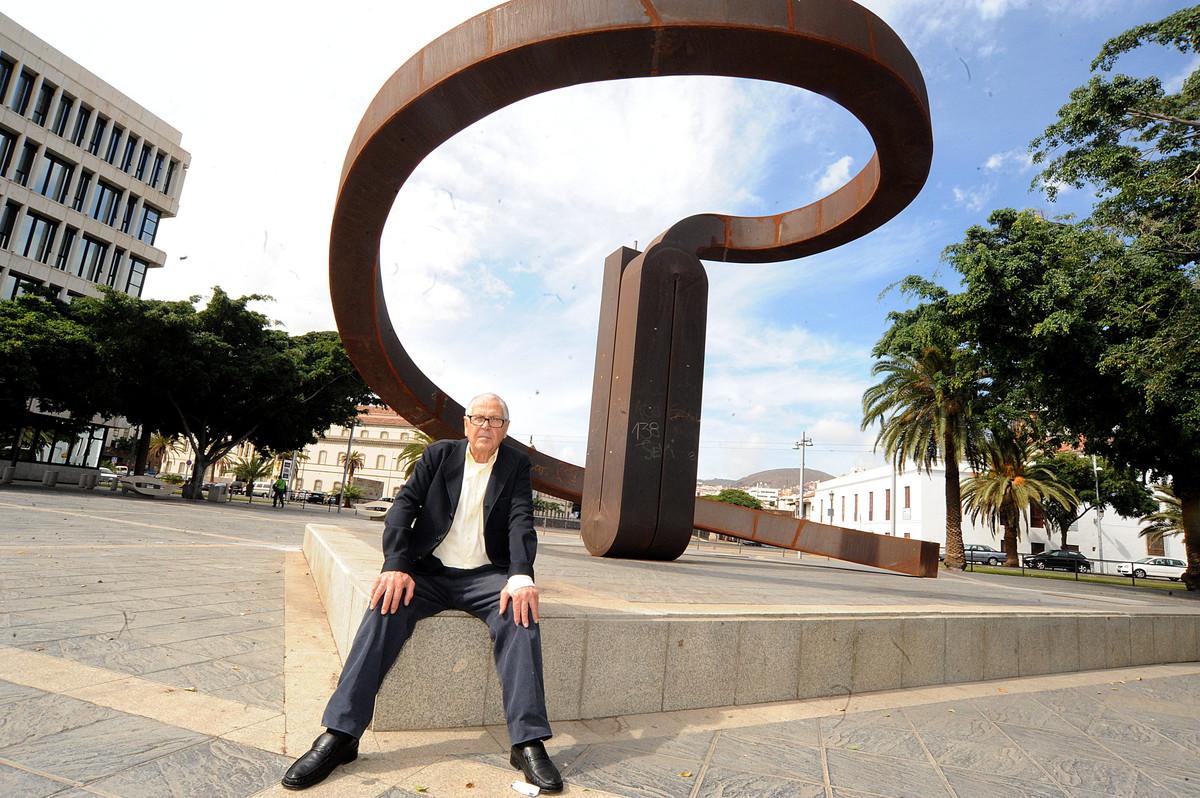 martin chirino en tenerife, rueda de prensa en caja canarias y visita a su obra 26-10-2012