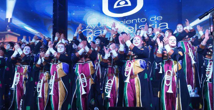 Candelaria disfrutó con la XVIII edición del Encuentro Regional de Murgas