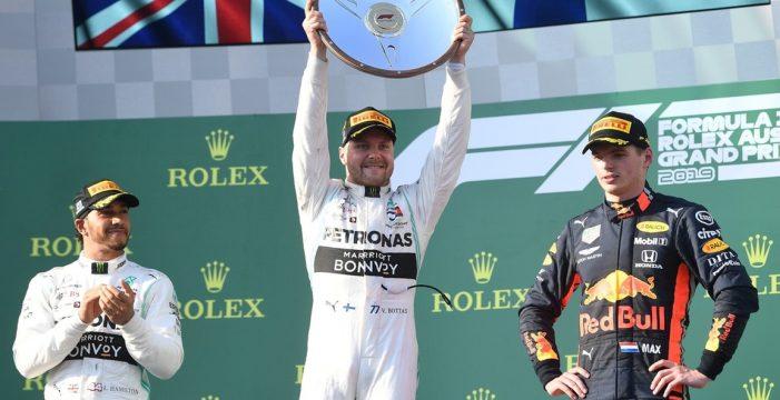 Bottas arrebata la victoria a Hamilton mientras Ferrari queda fuera del podio