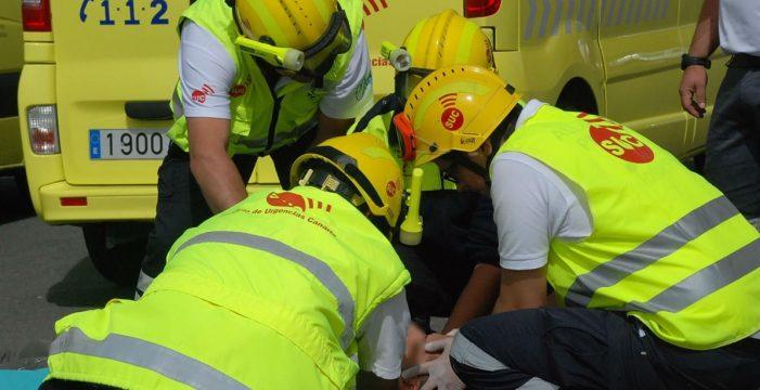 Herido al quedar aprisionado entre un camión y una plancha