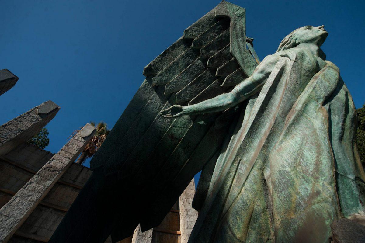 El conocido como Monumento a Franco, es el símbolo más reconocido del franquismo en la ciudad, cuya retirada también considerará el catálogo de vestigios en elaboración.