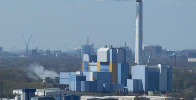 Presentan firmas contra el plan de construir incineradoras en Canarias