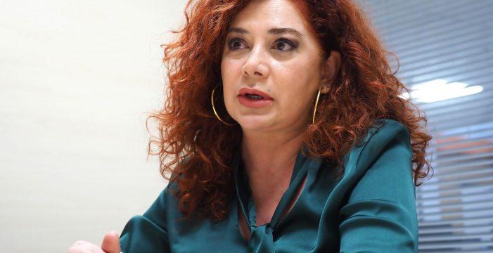 Beatriz Barrera se reúne con las interinas embarazadas