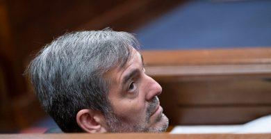 El exalcalde lagunero y presidente de Canarias, Fernando Clavijo, es investigado por un juzgado. / Fran Pallero