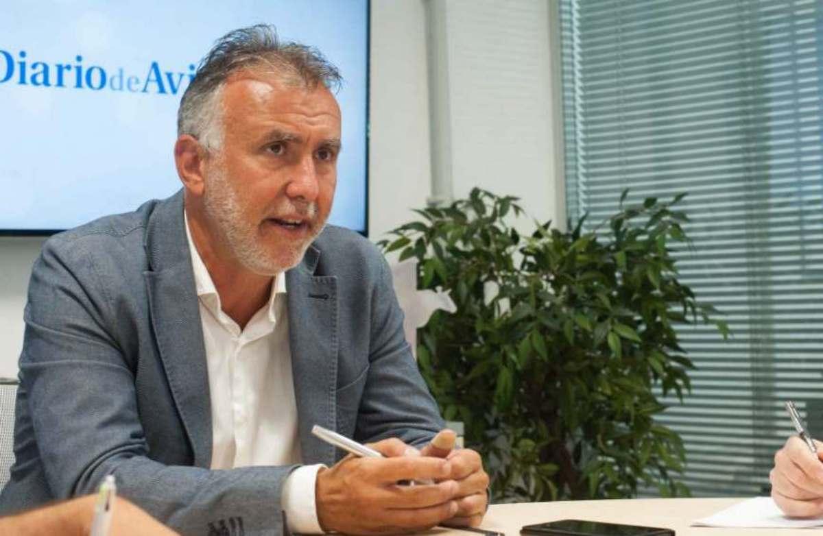 El secretario general del PSOE en las Islas y candidato a la Presidencia de Canarias, Ángel Víctor Torres. Da