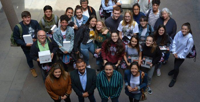 El equipo del IES José María Pérez Pulido, ganador del trabajo sobre volcanes del concurso 'Conoce tu Cabildo, participa'