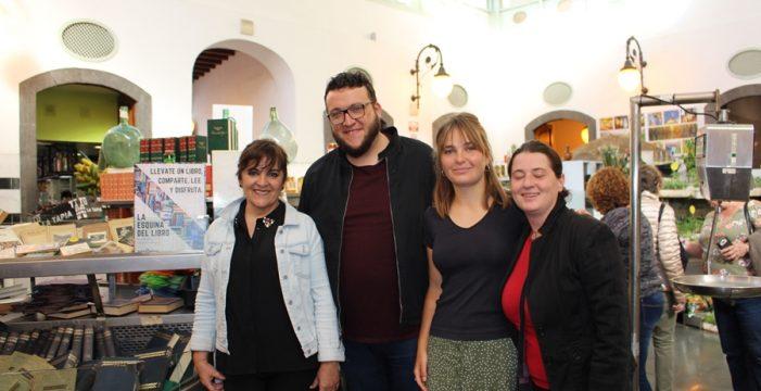 El Mercado de La Recova de Santa Cruz celebra el Día del Libro