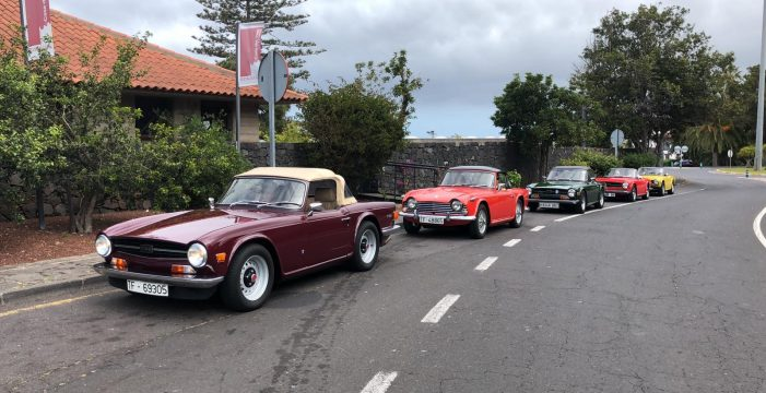 Espectacular concentración en Tenerife de los clásicos TR