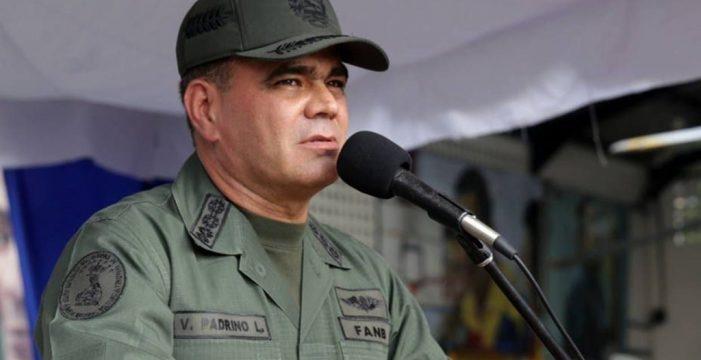 """El ministro de Defensa venezolano, dispuesto a """"usar las armas"""""""
