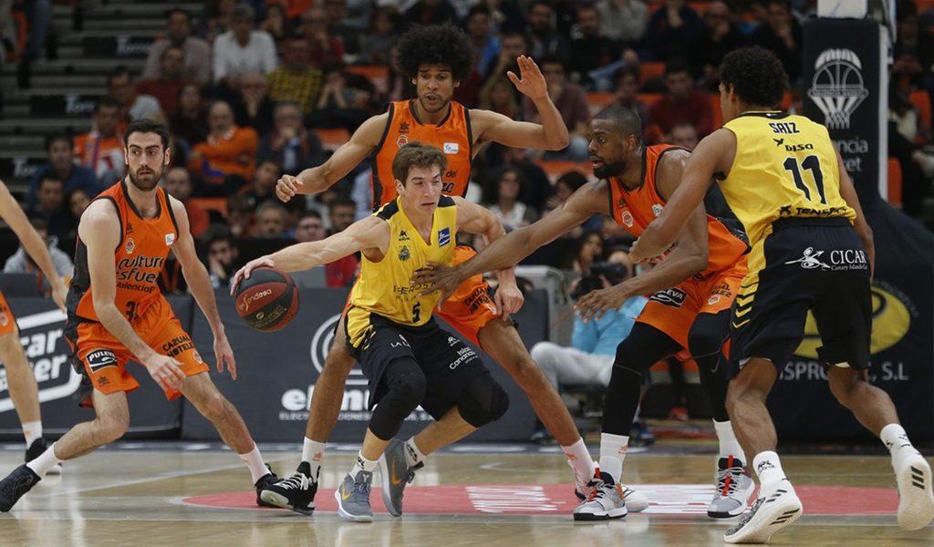 El Iberostar se desinfla en la segunda mitad y cae en Valencia (88-73)