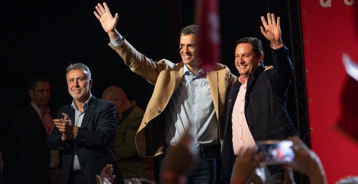 Sánchez aboga por un triunfo del PSOE en Canarias y España, y promete un Consejo de Ministros en las Islas