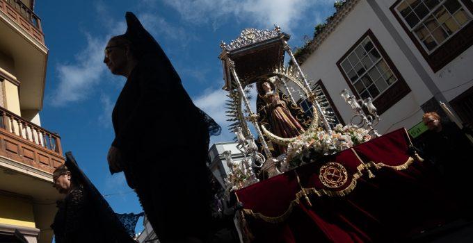 Las procesiones Magnas en Santa Cruz y La Laguna, recorridos de fe y tradición