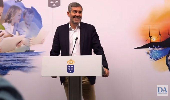 """Clavijo se muestra """"satisfecho"""" tras su declaración en el caso Grúas y """"no hace política ficción"""", por si pasa a ser acusado"""