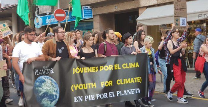 Los jóvenes vuelven a tomar la calle para defender el planeta contra el cambio climático