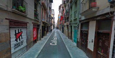 La otra 'manada' de Pamplona: tres detenidos por una violación en grupo en un piso
