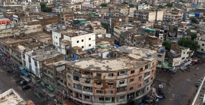 Asesinan a tiros a 14 personas tras secuestrar un autobús en Pakistán