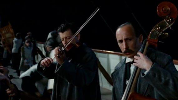En medio de la polémica por el 'Haz que pase', CC ya toca como la orquesta del Titanic
