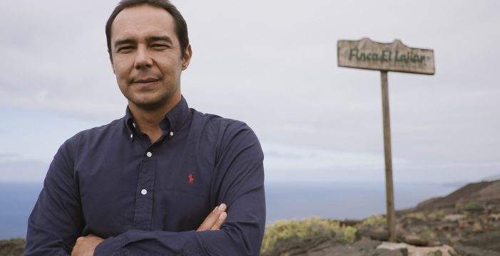 """Víctor Álamo: """"Hay que volver a rehumanizar el mundo"""""""
