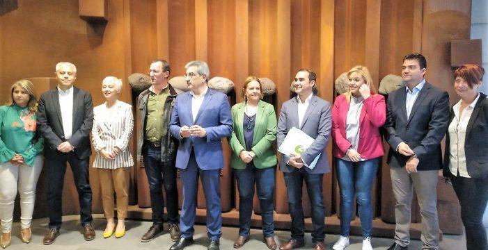 NC entra con fuerza en Tenerife: municipios, Cabildo y Parlamento