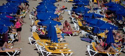 Nula mención al turismo en los programas electorales del 28-A