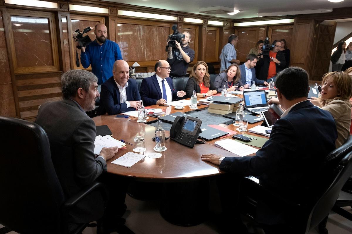 Reunión del Consejo de Gobierno, ayer en Las Palmas de Gran Canaria. DA