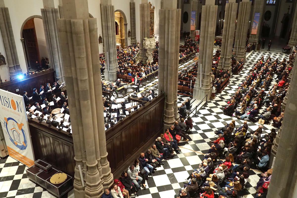 La Orquesta Sinfónica de Tenerife ofrece un concierto en la catedral de La Laguna