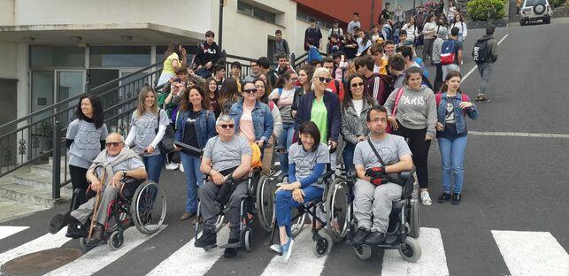 El alumnado del IES Mazo presenta 23 proyectos tecnológicos para ayudar a personas con discapacidad