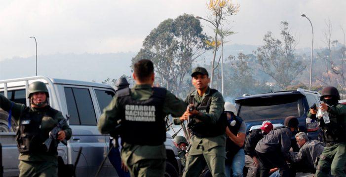 Tensión máxima en Caracas durante las manifestaciones de chavistas y opositores