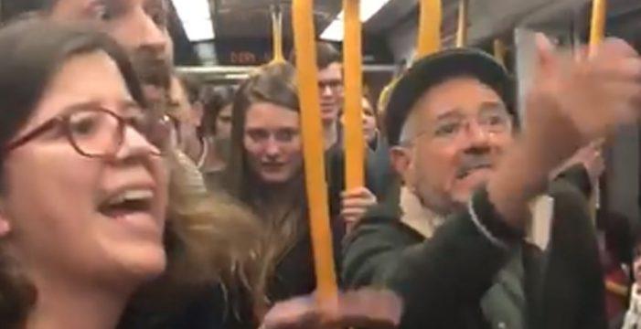 """La 'pelea' en el Metro entre un cojo, una embarazada y un anciano: """"Estoy acostumbrada a estar de pie; en Canarias no hay Metro"""""""