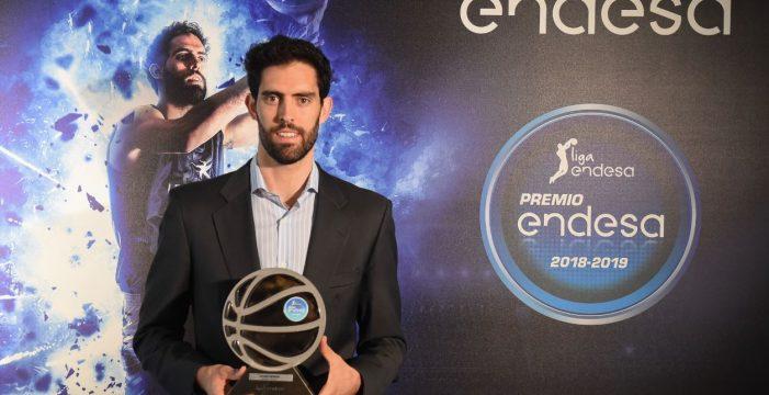 Javier Beirán recibe el Premio Endesa al combinar gran rendimiento y comportamiento ejemplar