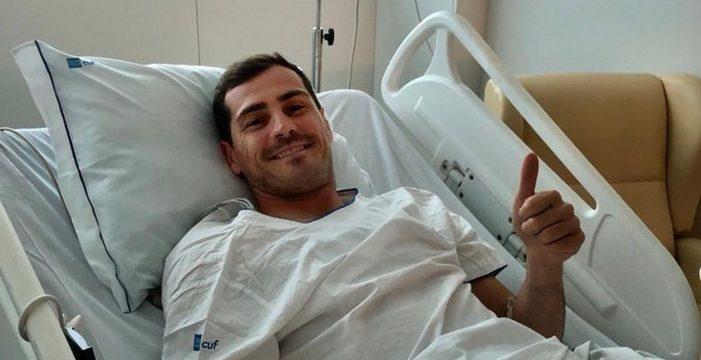 Casillas tranquiliza al mundo del fútbol por Twitter