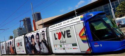 El Isla Bonita Love Festival sale a la calle en tranvía