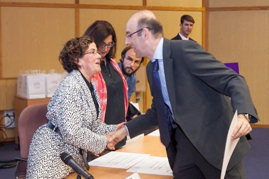 José María Hernández recibiendo el Premio Extraordinario de Doctorado en la modalidad de Ciencias de la Salud por la Universidad de La Laguna. | DA