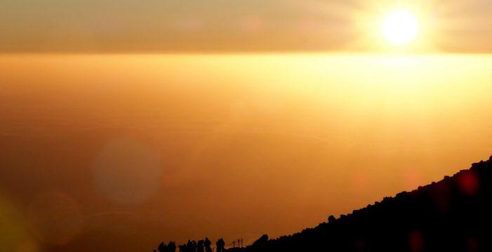 El Teide brinda la mejor puesta de sol del mundo