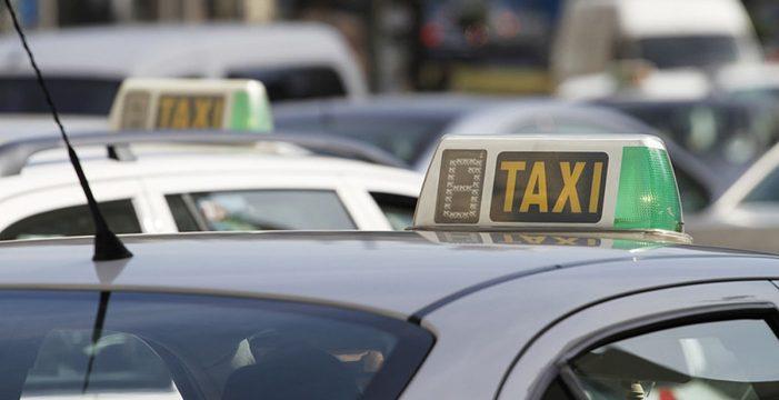 Santa Cruz de Tenerife invierte 795.000 euros en el rescate de licencias de taxi