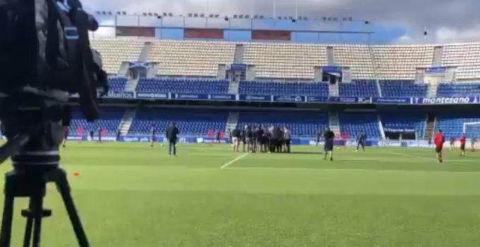 """El CD Tenerife condena """"enérgicamente"""" la intromisión de varios aficionados en un entrenamiento"""