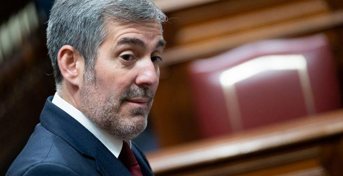 Desmontando el mitin de Clavijo en el último Consejo de Gobierno: ¿por qué ahora sí decide gastar el superávit?
